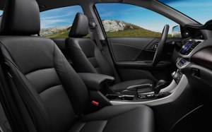 2015-honda-accord-hybrid-sedan-cabin