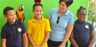 Biscayne Bay Kiwanis, Jungle Island reward students for gopd attendance