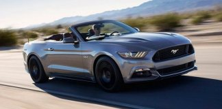 2016 Ford Mustang combines muscle car and crossover