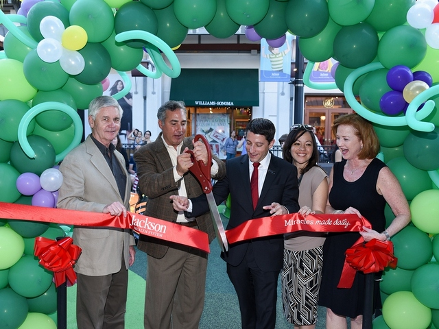 New children's play area opens at The Falls Shopping Center