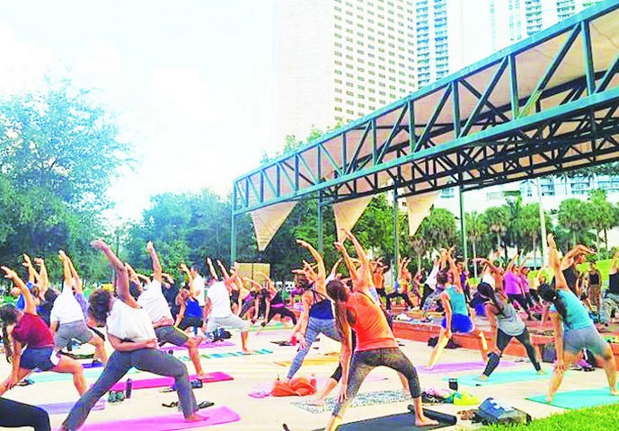 Baptist Health SF continues sponsorship for free yoga classes at Bayfront Park
