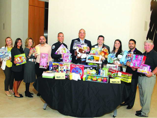 AC Hotel Aventura hosts holiday breakfast meeting 'with a cause'
