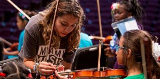 FIU researchers find many benefits from after-school ensemble music programs