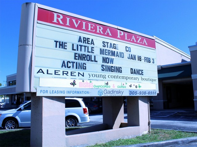 No longer moviehouse, Riviera Theater remains home to the performing arts