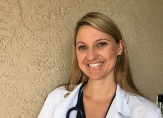 Miami native earns her DVM from Midwestern University
