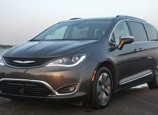 All-new Chrysler Pacifica Hybrid Limited has a lot going for it