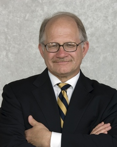 FIU Board of Trustees extends President Rosenberg's contract