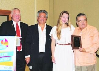 Rotary Club del Doral recibe con mucho brillo a su nuevo Presidente 2019-2020, Felipe E. Madrigal