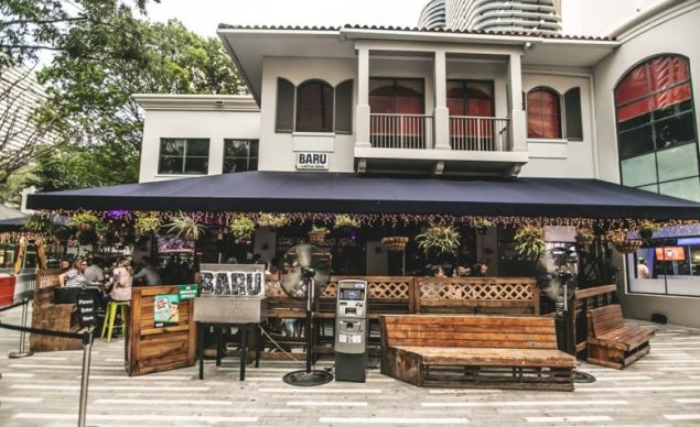 Business cards score locals free drinks at Baru´ Brickell on Fridays