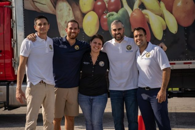 Freshmen Five join Farm Share to help constituents in need