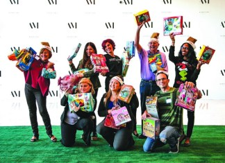 Aventura Mall hosts holiday toy-wrapping event at LEVEL THREE
