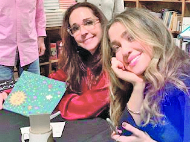 Visible You, a must read by Miami-based mother-daughter duo