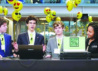 Gulliver Prep students develop stock market app