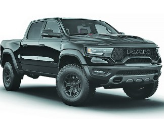 Ram 1500 TRX Crew Cab 4x4: handsome vehicle for work and play