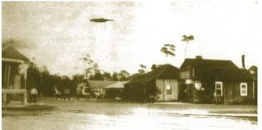 1917 Looking east on Sunset from the train station.