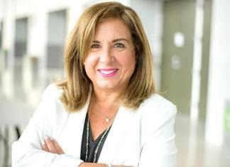 Miami Beach Commission appoints first woman as City Manager