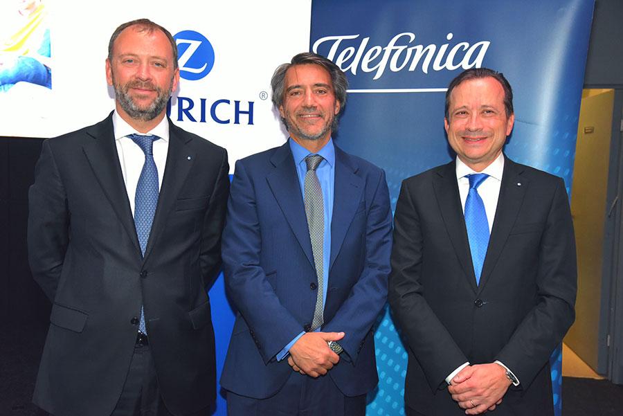 Zurich y Telefónica lanzan la primera solución del mercado que protege íntegramente la vida digital de toda la familia