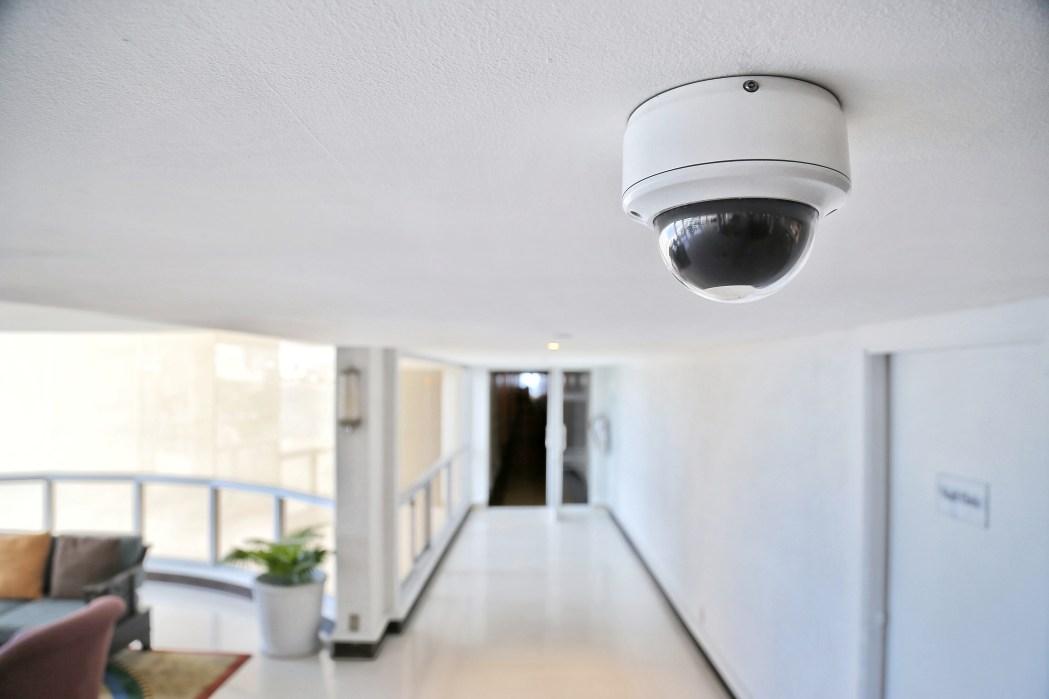 shutterstock_1789435340 (1) cameras