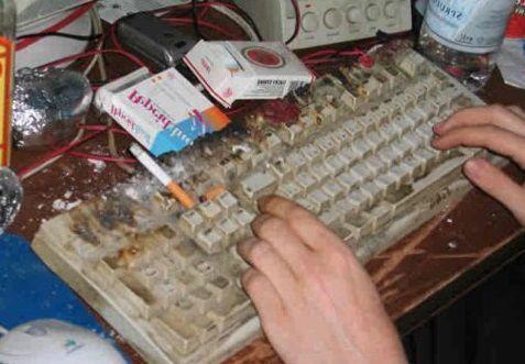 Cmo limpiar un teclado  Sin abrirlo