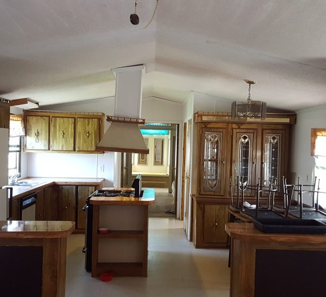 mobile-home-kitchen-casa-estates