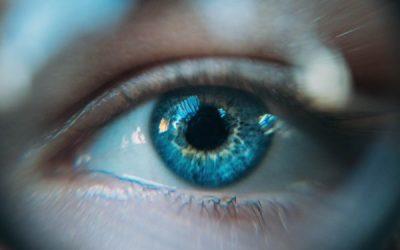 Cómo cambiar el color de los ojos