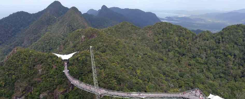 como-dar-la-vuelta-al-mundo-langkawi-skybridge-min
