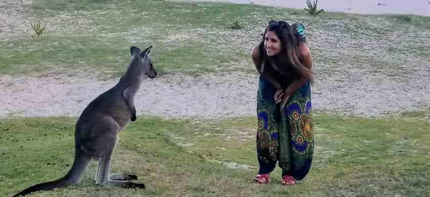 como-dar-la-vuelta-al-mundo-canguro-tamara-min
