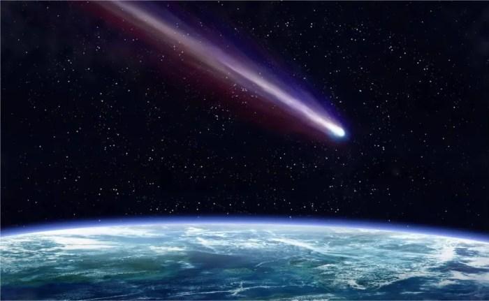 Los meteoritos comienzan a entrar en combustion al contacto con los gases de la mesosfera