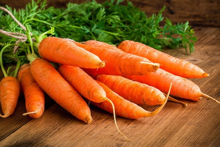 zanahoria con forma de pene