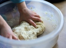 Cómo hacer pan de manzana