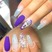 royal blue nails design 11