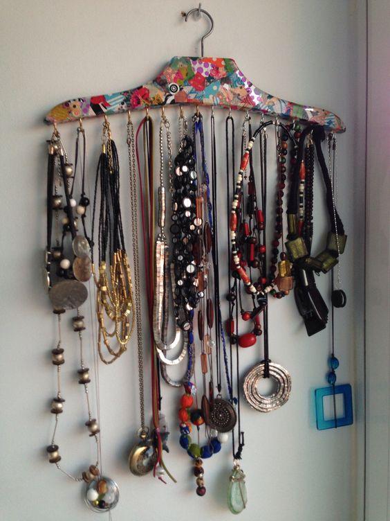 como organizar collares 5  Decoracion de interiores