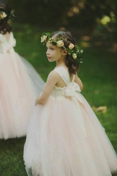 Diseos de vestidos elegantes para nias 6  Como
