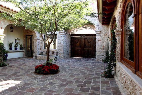 27disenospisospatiolaentradacasa 12  Decoracion de interiores Fachadas para casas como