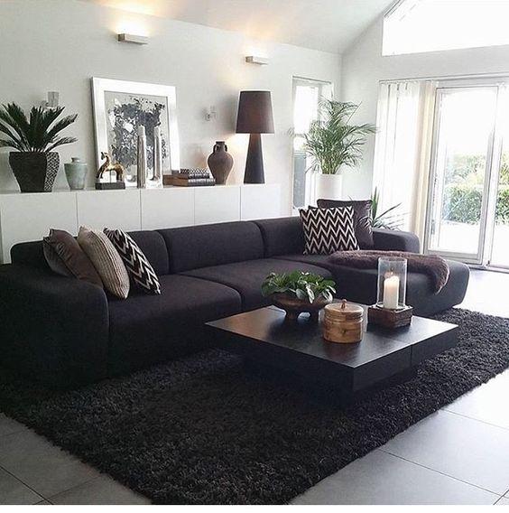 Salas Modernas y Atrevidas en Color Negro Una Decisin Acertada y Vanguardista  Decoracion de interiores Fachadas para casas como