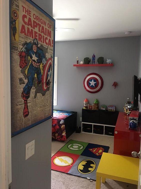 Habitacin infantil decorada con tema super hroes