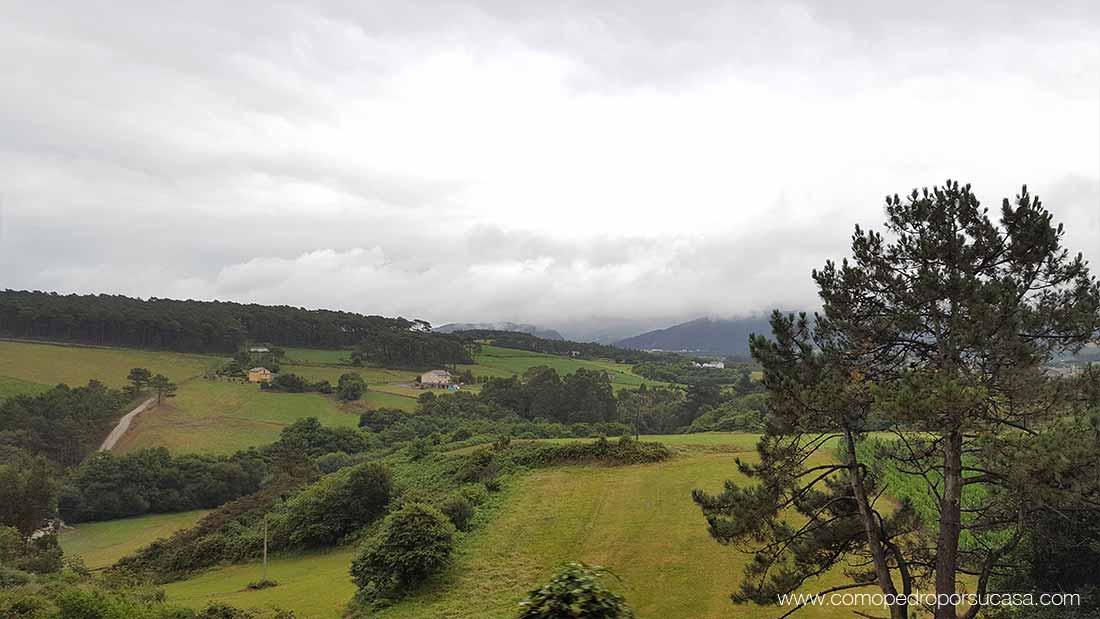 paisaje campo verde asturias