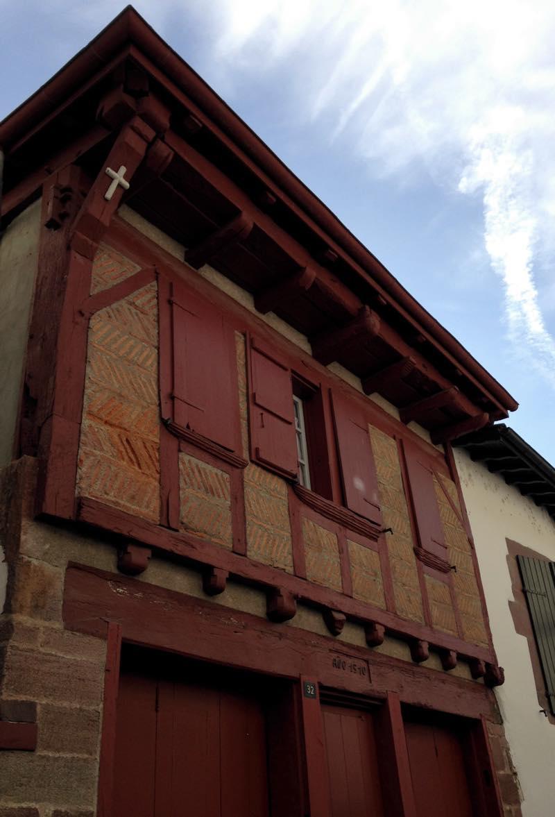 casa-caracteristica-saint-jean-pie-de-port