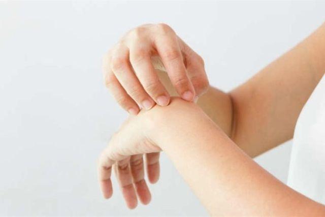 Dermatilomanía: Compulsión por Rascarse y Pellizcarse