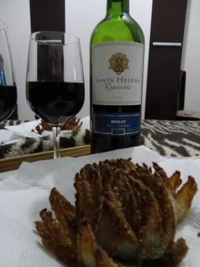 Cebolas Empanadas e Vinho Santa Helena - Merlot