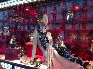 Paris, França, Printemps, Natal, Vitrines, Lojas no Boulevard Haussmann - Foto Nathalia Molina @ComoViaja