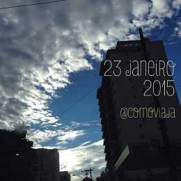Nuvens psicodélicas em São Paulo