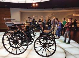 Museu Mercedes, Alemanha, Primeiros Carros - Foto Nathalia Molina @ComoViaja (2) (800x594)