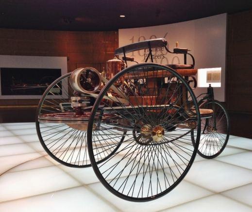 Museu Mercedes, Alemanha, Primeiros Carros - Foto Nathalia Molina @ComoViaja (4) (800x674)