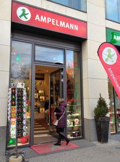 Ampelmann Boneco Berlim Alemanha Viagem - Foto Nathalia Molina @ComoViaja