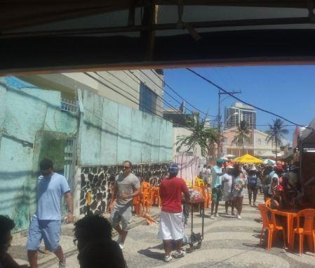 BARRACAS NO RIO VERMELHO
