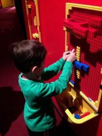Legoland Discovery Centre Berlim Crianca Viagem Alemanha - Foto Nathalia Molina @ComoViaja (2) (768x1024)