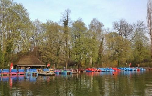munique-lago-dos-pedalinhos-no-jardim-ingles-englischer-garten-alemanha-foto-nathalia-molina-comoviaja