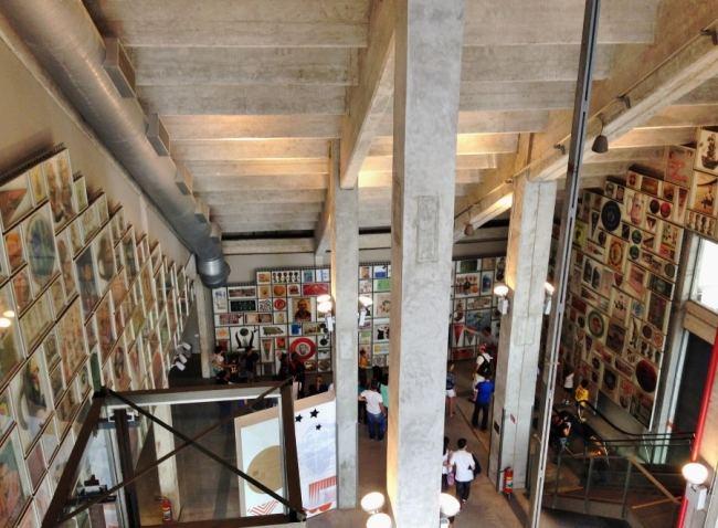 museu-do-futebol-embaixo-da-arquibancada-do-estadio-do-pacaembu-em-sao-paulo-foto-fernando-victorino-comoviaja