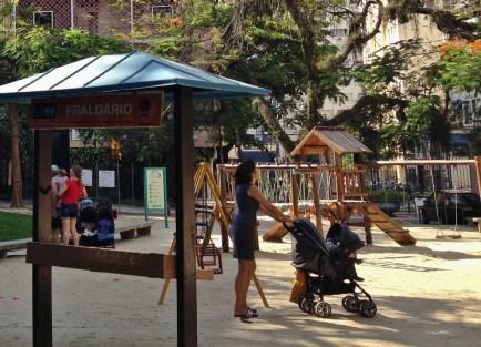 Parque Guinle, Criancas, Rio de Janeiro, Laranjeiras, Viagem - Foto Nathalia Molina @ComoViaja (1) (1024x739)